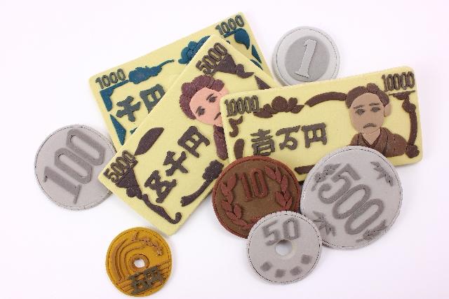 福岡市でアイドル雑誌買取をご検討なら出張による査定、高価・高額で買取を行う「マルワ書店」へ