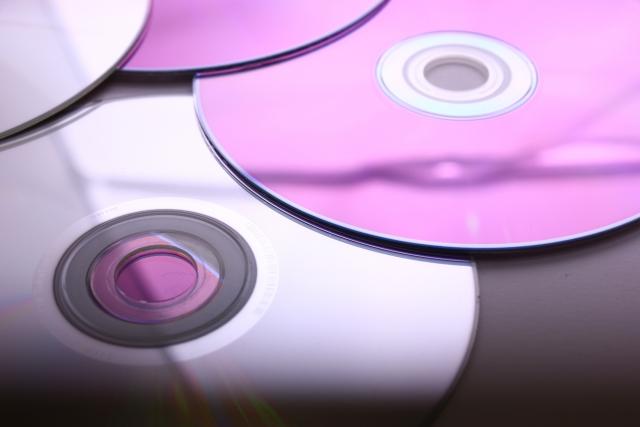 DVD買取は福岡の当店へ 高価での買取につながる?!DVDディスクのクリーニング方法